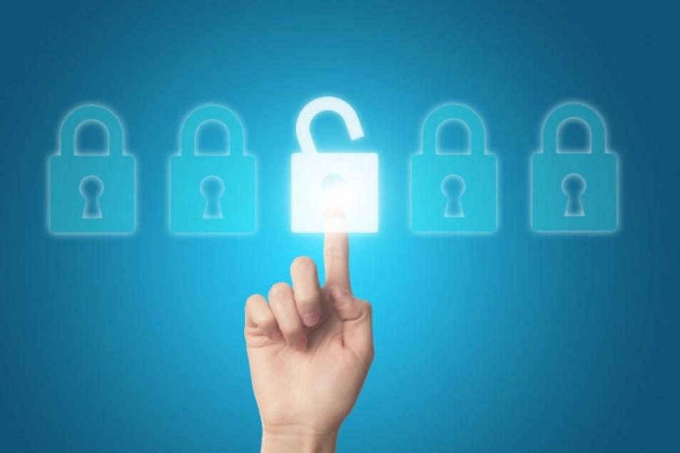 Biztonságban lesznek az adataim és a számláim, ha programot használok?
