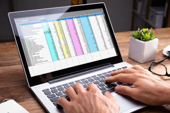 NAPI: Kata: sok a félreértés az online számlázásról