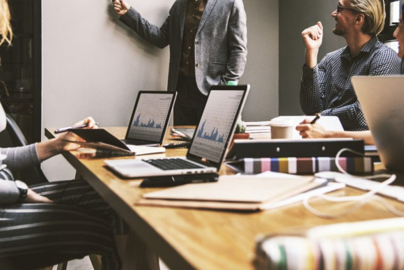 BIZTOSITOMAGAZIN.HU: 10 dolog, amire minden vállalkozónak figyelnie kell a számlázásnál